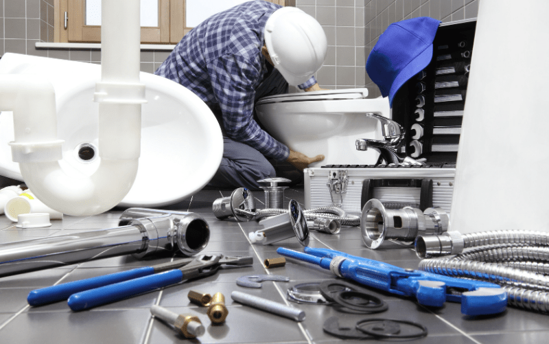 plumber is working in Mussafah city